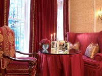 Бордовая гостиная — роскошь и красота в гостиных с бордовым оттенком (65 фото)