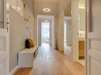 Прихожая в квартире — 80 фото идей современного дизайна прихожей
