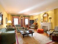 Золотая гостиная: элегантный и роскошный дизайн на 90 фото