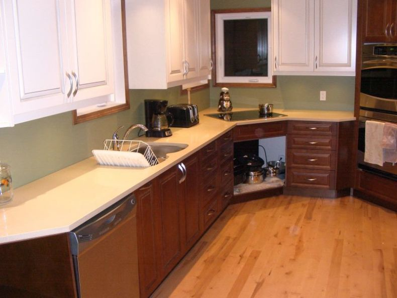 awesome-white-brown-contemporary-kitchen-design-with-cupboard-completed-with-electric-range-and-best-kitchen-countertops-furnished-with-basin-sink