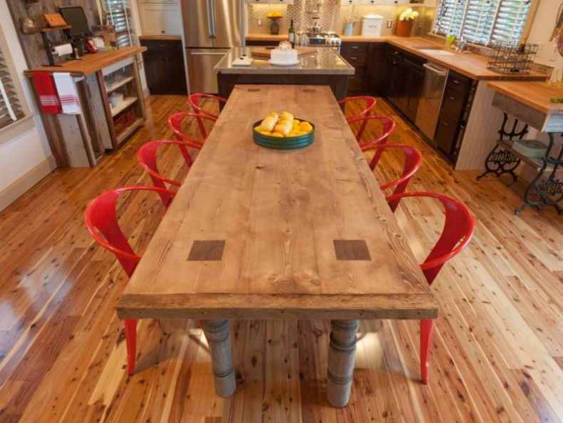 bc12_dining-02-table-img3221_s4x3-jpg-rend-hgtvcom-1280-960