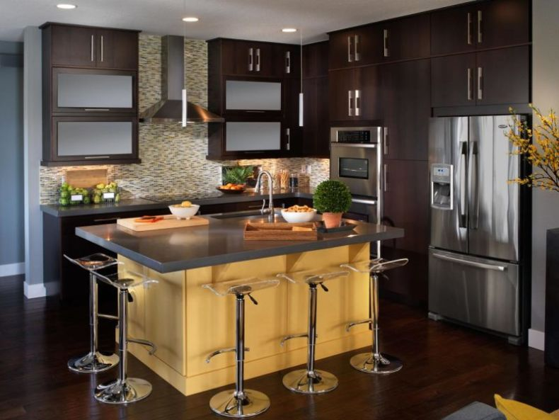 gh2011_kitchen-wide-shot_s4x3-jpg-rend-hgtvcom-1280-960