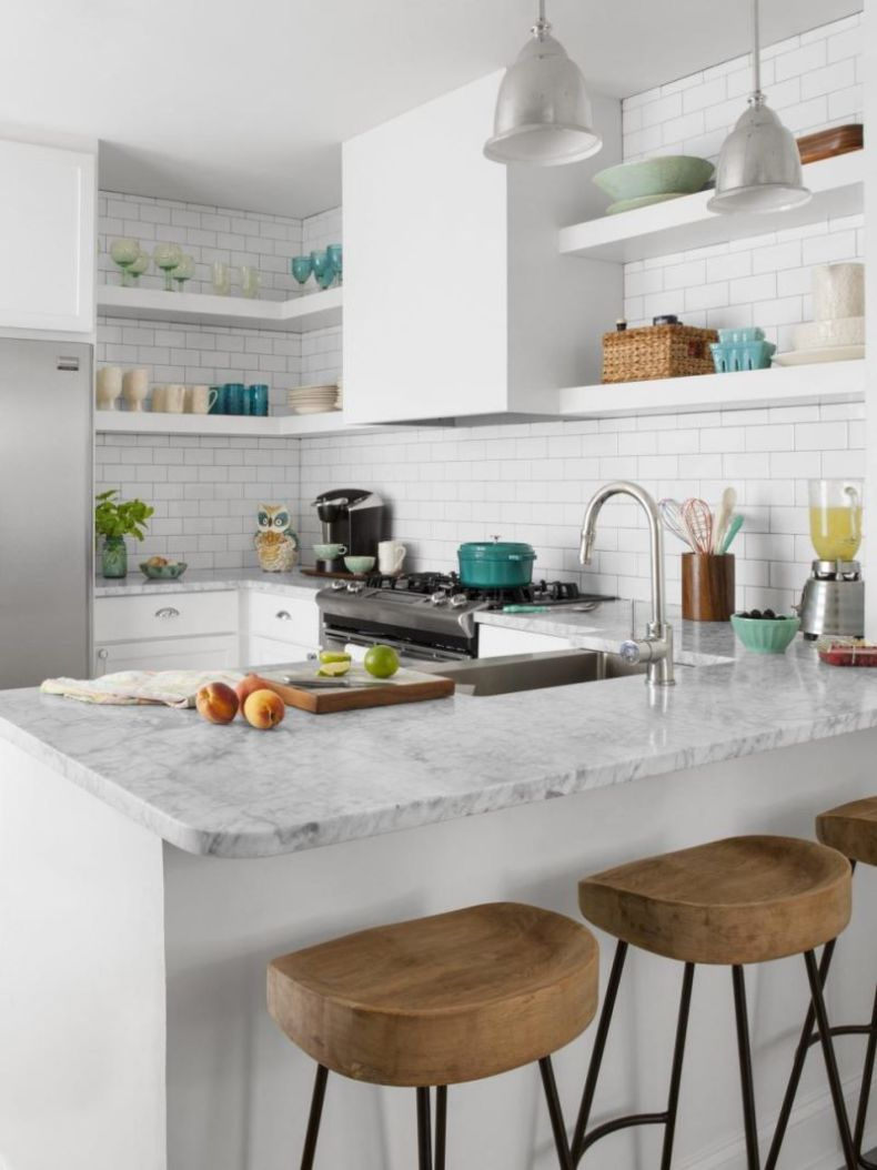 RX-HGMAG018_Small-White-Kitchen-122-a-3x4.jpg.rend.hgtvcom.966.1288