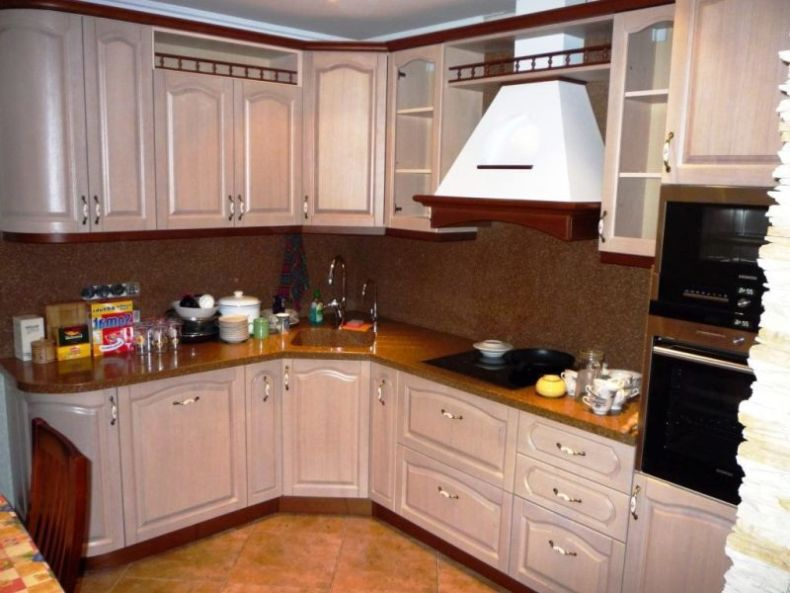 amusing-decoration-sink-corner-kitchen-above-backsplash-along-with-brown-granite-countertop-as-well-elegant-cabinet-kitchen