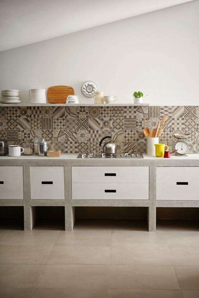 Silver kitchen backsplash tile