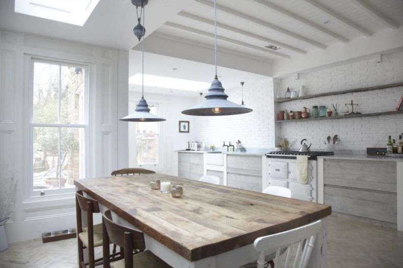 white-rustic-kitchen-tables