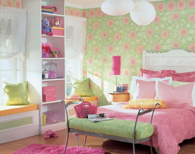 girls-bedroom-wallpaper