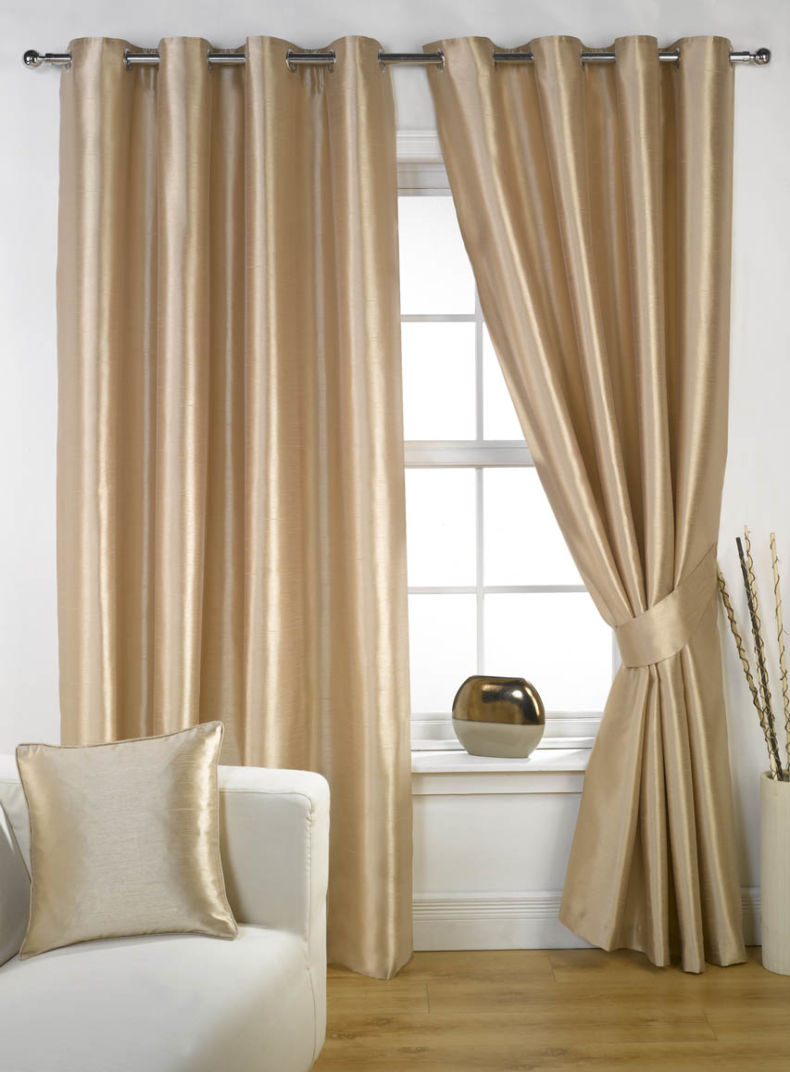 how-to-choose-the-perfect-curtains-and-drapes-2