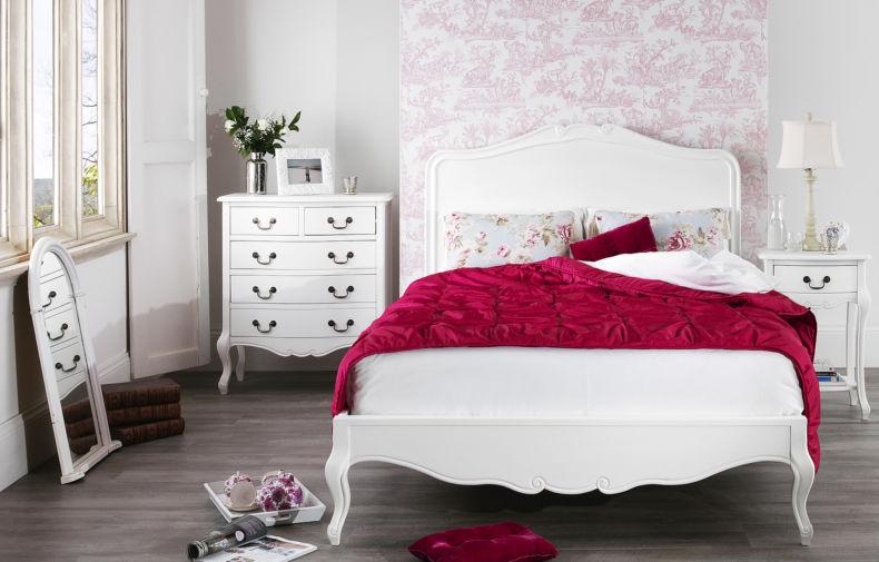 juliette-antique-white-woodenbed-roomset610x390