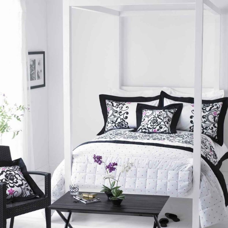 stylish-bedroom-in-black-and-white