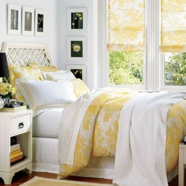 bedroom_curtains_yellow_111062_1028_1028