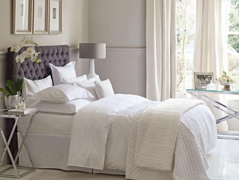 gallery-1455116224-white-bedroom-scheme
