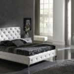 interior-achromatic-bedrooms-with-gorgeous-combination-of-black-white-color-luxury-black-white-bedroom-with-leather-set_f1165
