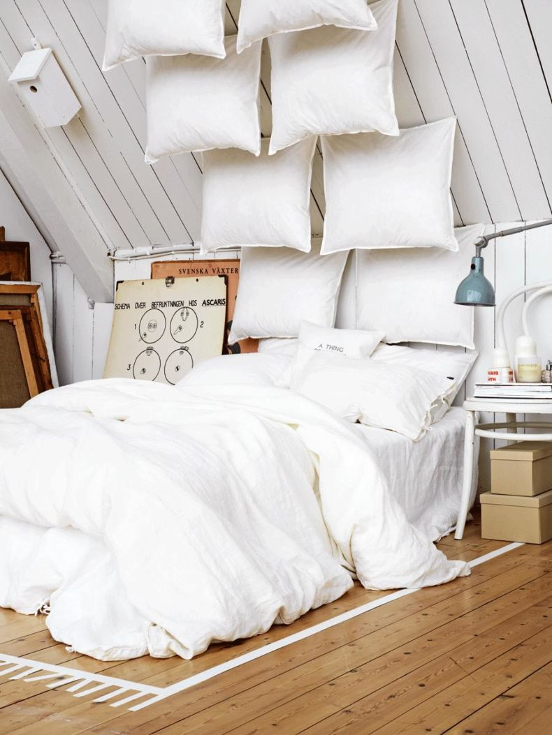 rustic-bedroom-style-white-attic-bedroom-ideas-fabric-pillows-hardwood-flooring-white-bedroom-ideas-bedroom-sweet-white-bedroom-ideas-and-decorations