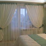 shtory_i_tyuli_dlya_spalni_s_balkonom3