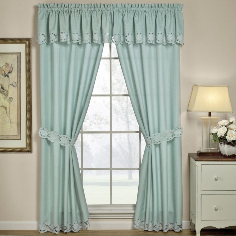 simple-design-window-curtain-and-drapes
