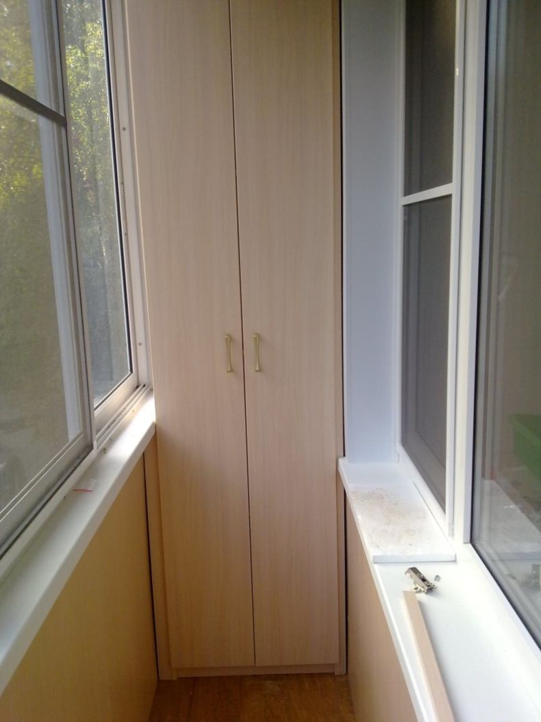 Шкаф на балкон - как правильно выбрать? фото примеры моделей.