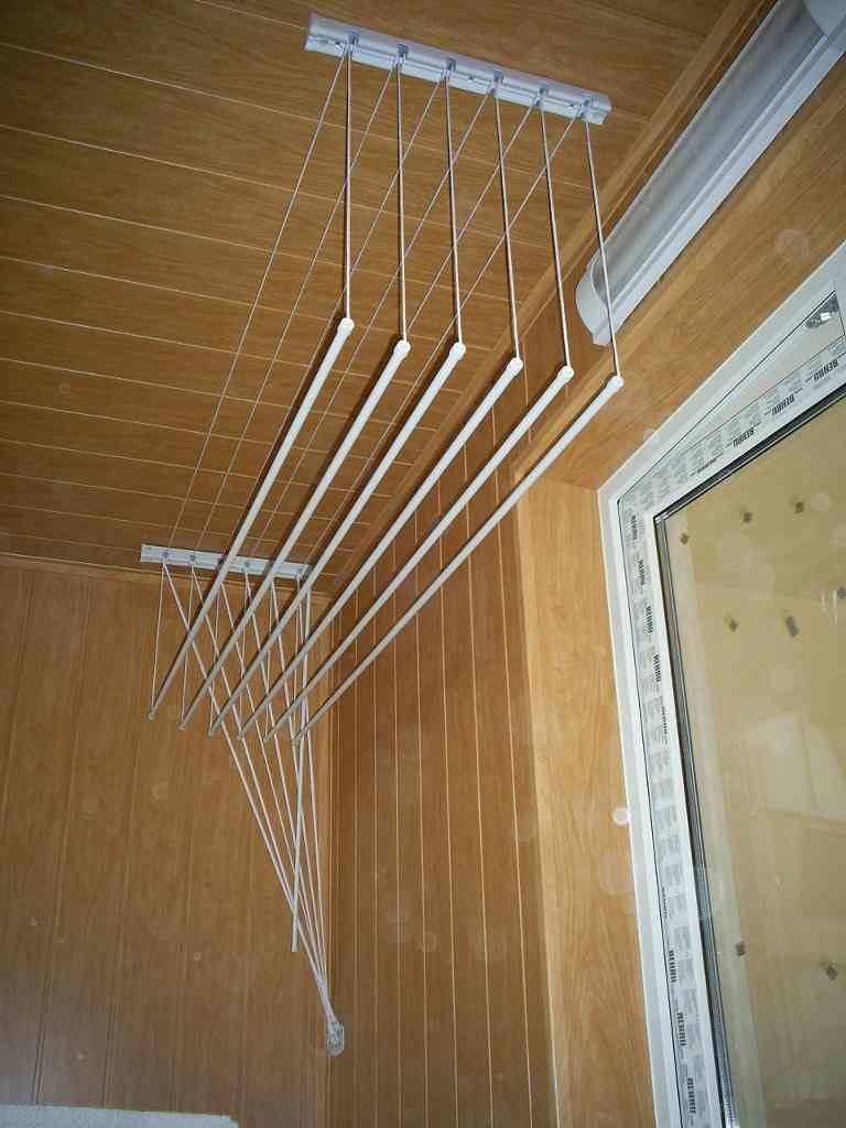 Сушки на балкон потолочные своими руками