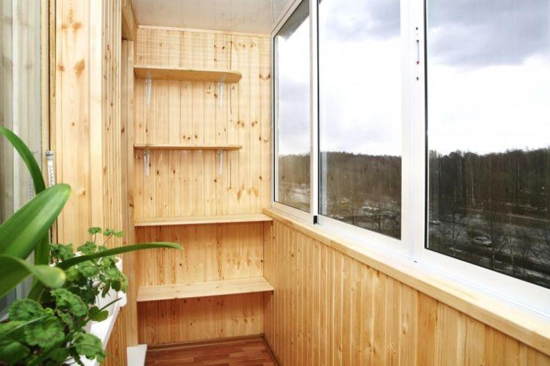 1Стен_ на_балконе_2017