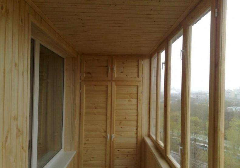 1445179917_potolok-na-balkone-dlya-sauny