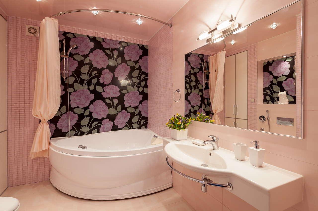 Мягкий свет в ванной
