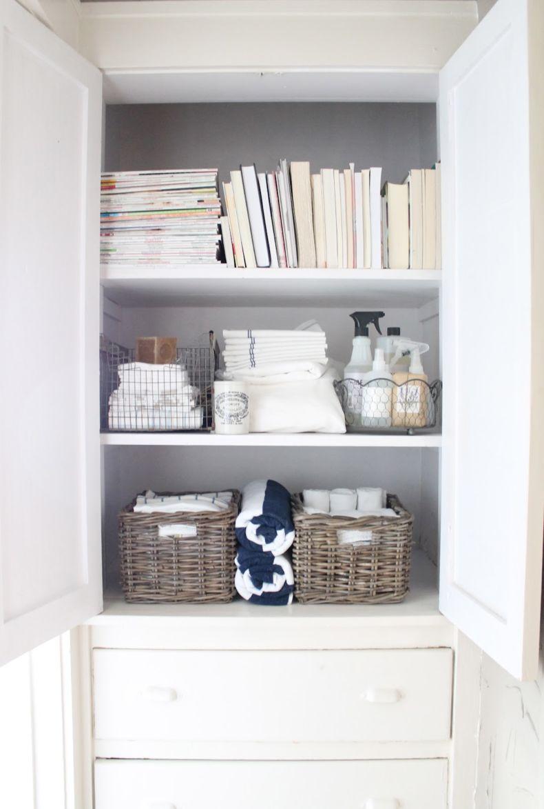 closet-organizers-bathroom