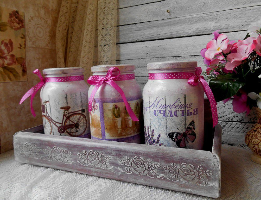 decoupage-glass-jar