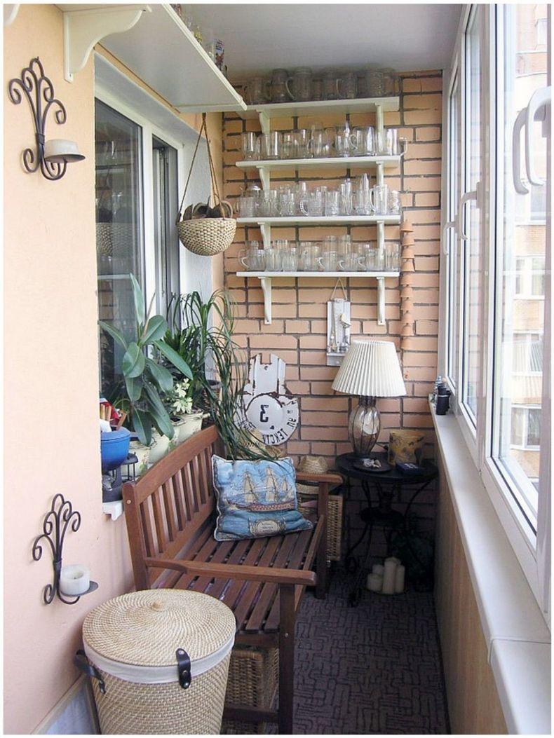kapali-kucuk-balkon-dekorasyonu-12