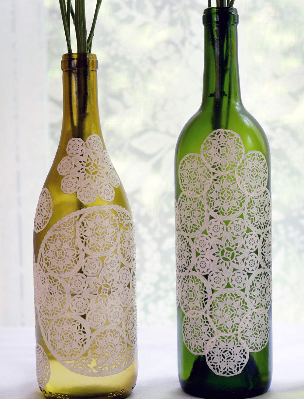 paper-doily-decoupage-bottle-2-2
