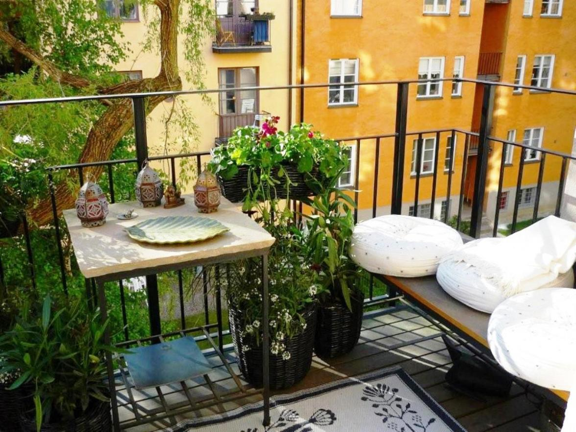 simple-balcony-garden-ideas