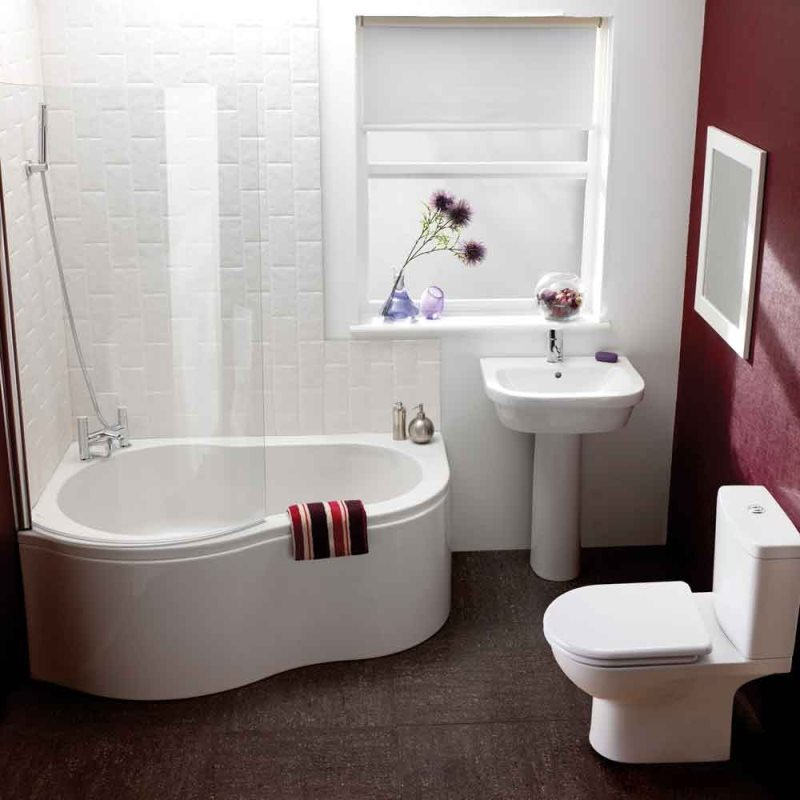 corner-bathtub-shower-combo-small-bathroom