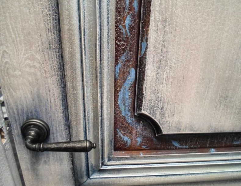 d377bf3848f03bfd2f4f0f9022g5-dlya-doma-i-interera-dekorirovanie-dverej-i-predmetov-interer