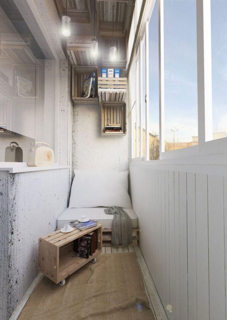 interer-malenkogo-balkona-s-zonoj-otdykha3