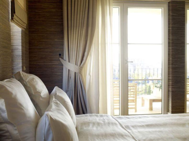 minimalist-curtain-window-treatments