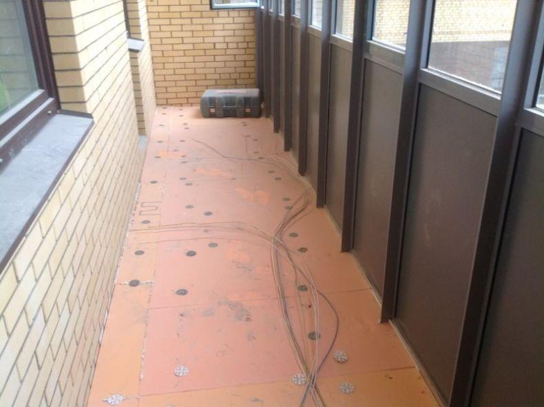pol-balkona