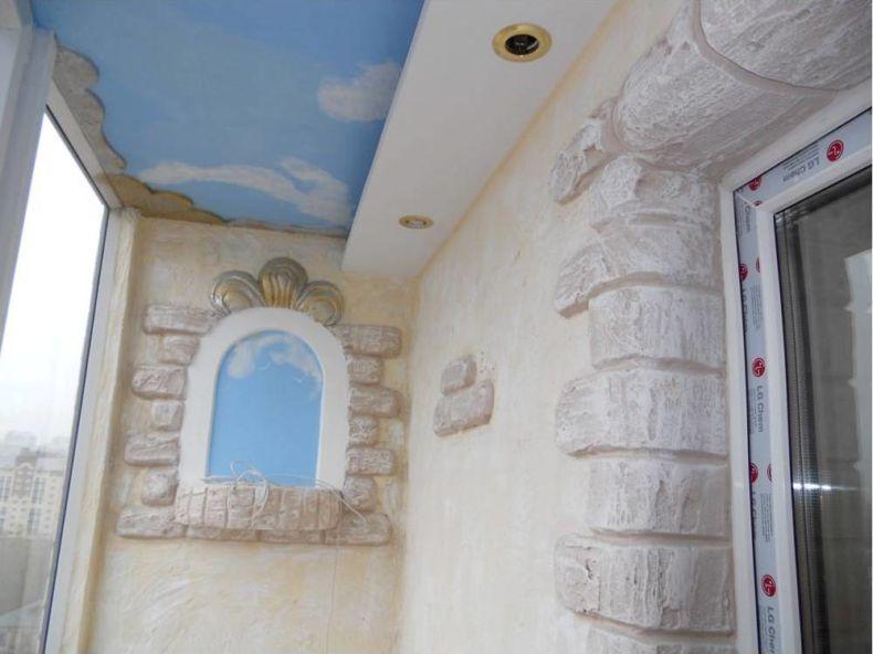 roskoshnyy-balkon-s-natyazhnym-potolkom