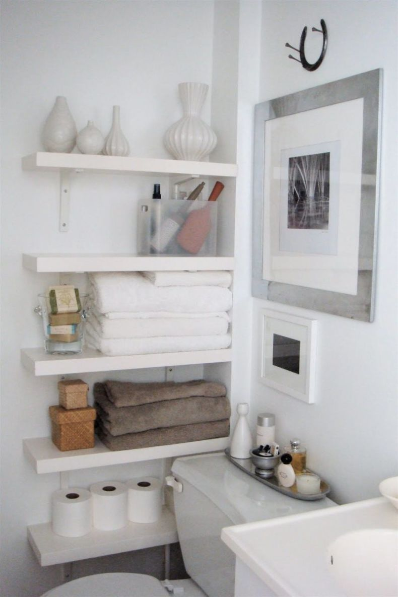 small-space-organizing-shelving-in-bathroom