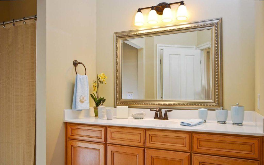 Зеркала в ванной в интерьере фото