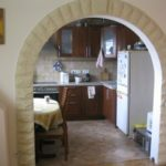 Arch to the kitchen (10)