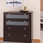 Chest of drawers in the living room (8)