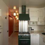 Дизайн узкой кухни (21)