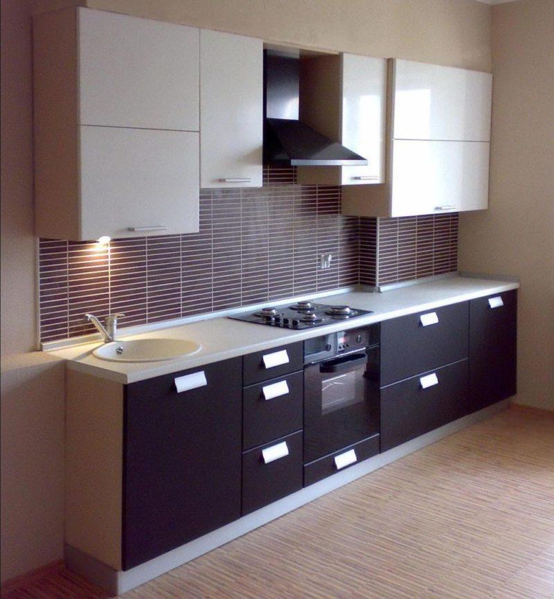 _Дизайн узкой кухни (27)
