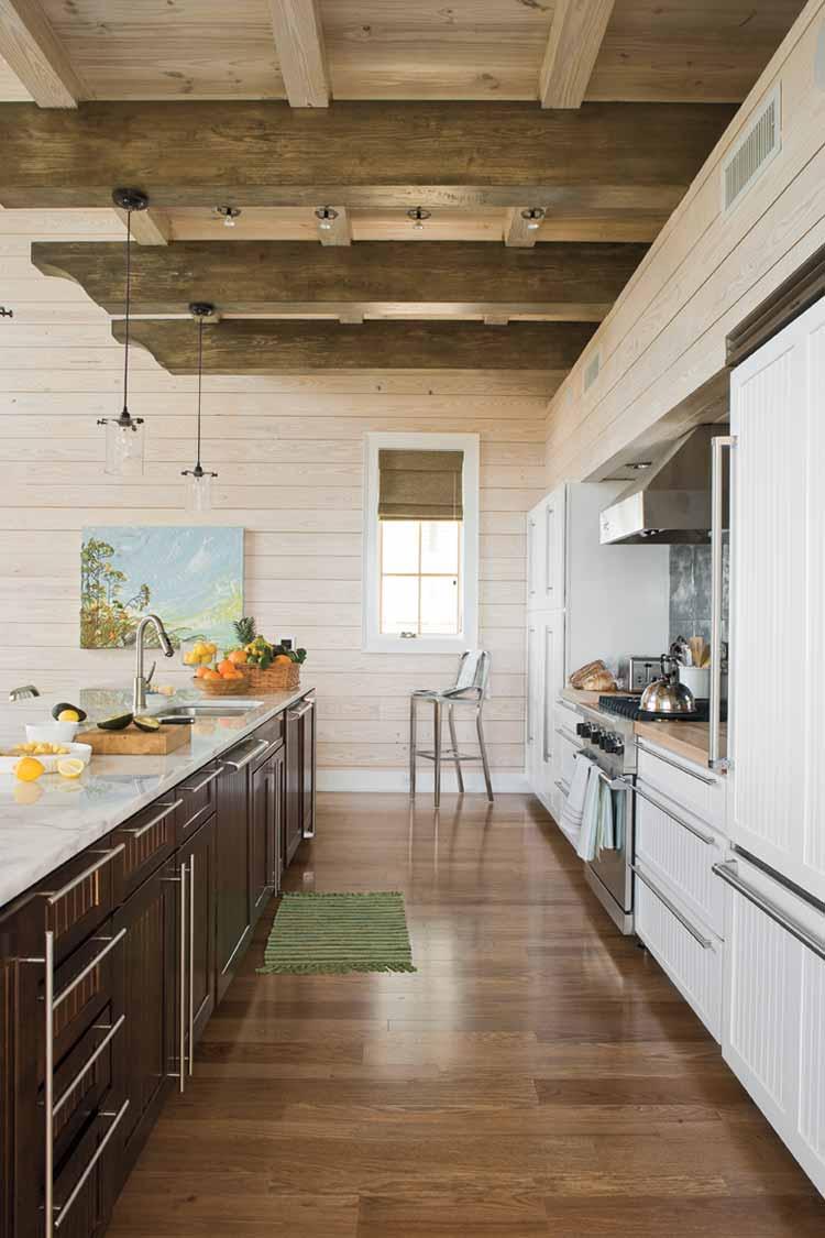 Дизайн узкой кухни (36)