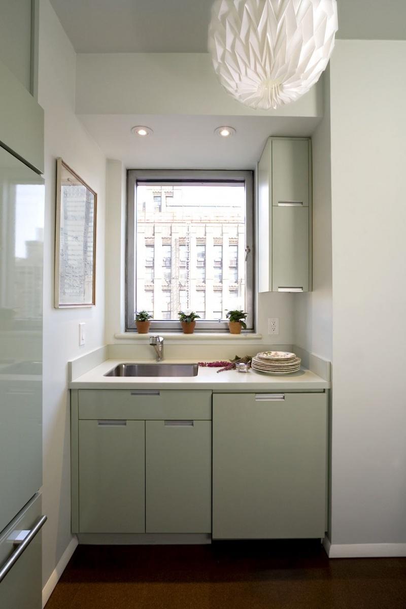 Дизайн узкой кухни (48)