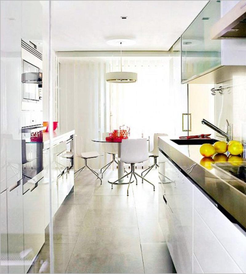Дизайн узкой кухни (66)