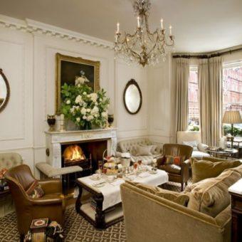 Гостиная в английском стиле — необычное решение в современном интерьере (80 фото)