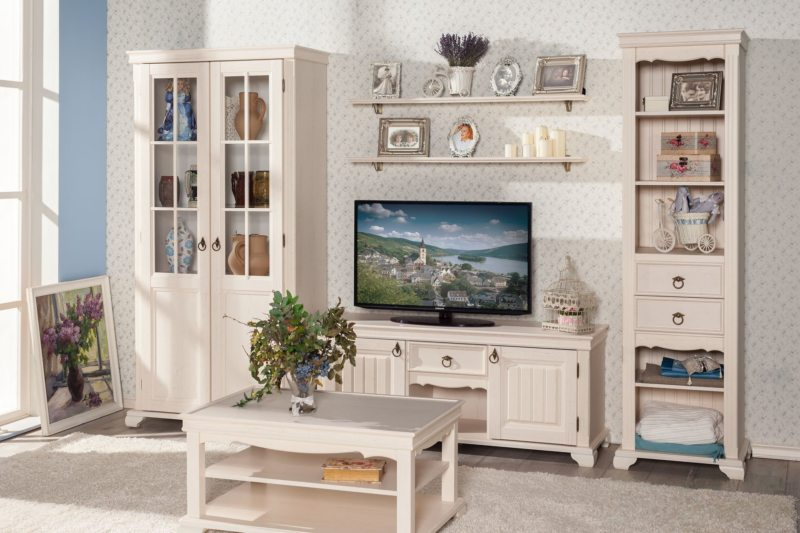 Как расставить мебель в гостиной (35)