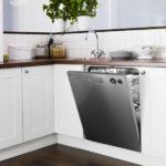 Kitchen with dishwasher (12)