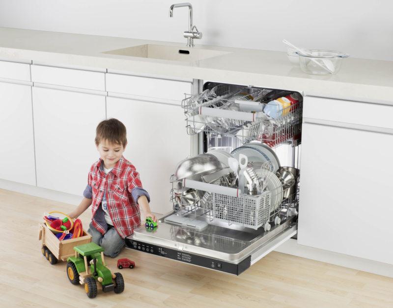Kitchen with dishwasher 5 (1)