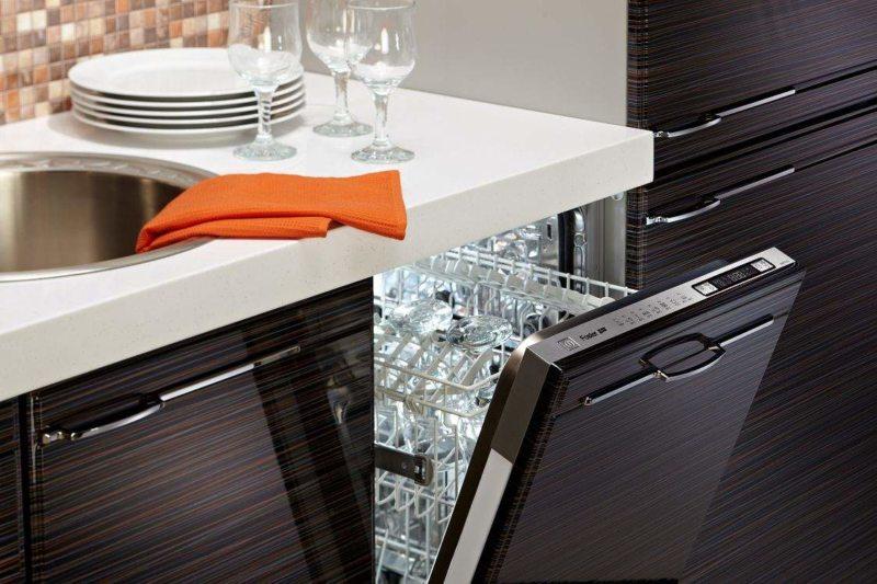 Kitchen with dishwasher (6)